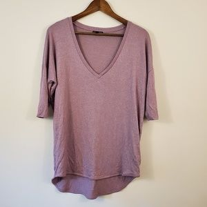 🌵Express lilac v-neck dolman t-shirt size medium